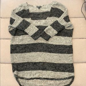 Express black and gray 1/2 sleeve sweater